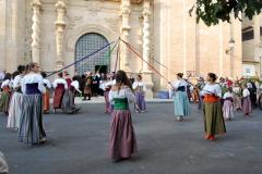 Danzas tradicionales ante el Comendador